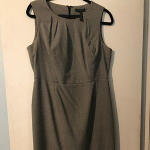 Banana Republic size 10 black & white dress